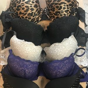 Other - 36D sexy padded push up 6 bra lot